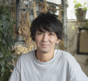 AOKI アオキ ナルタカ | 新宿のヘアサロン美容室ヘアーミューズリベロ「hair muse Livero」スタイリスト
